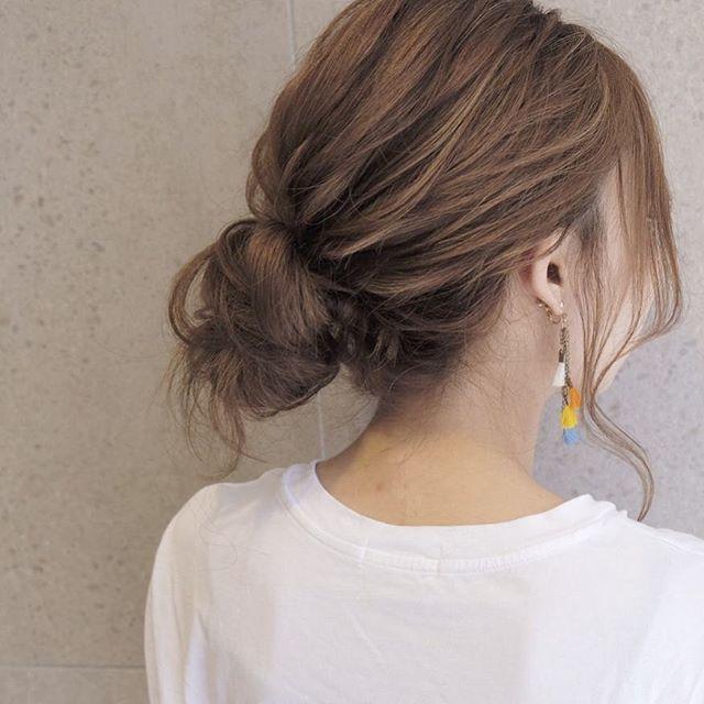 オフィスカジュアル 髪型 スタイリング剤5