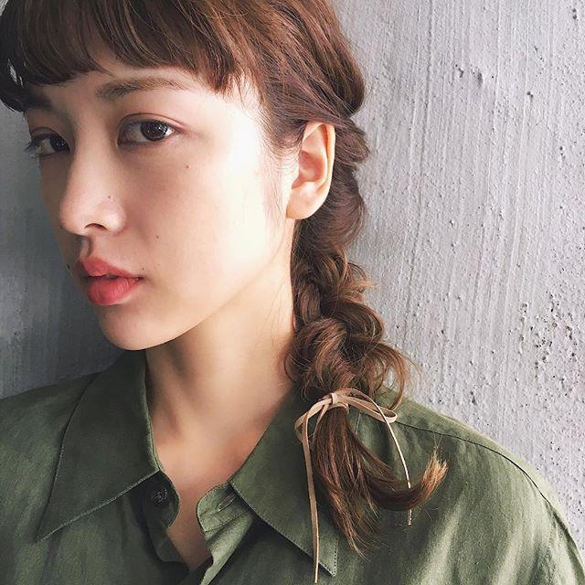 前髪ぱっつん×三つ編み