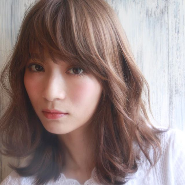 バレンタイン おすすめ 髪型 ミディアムヘア2