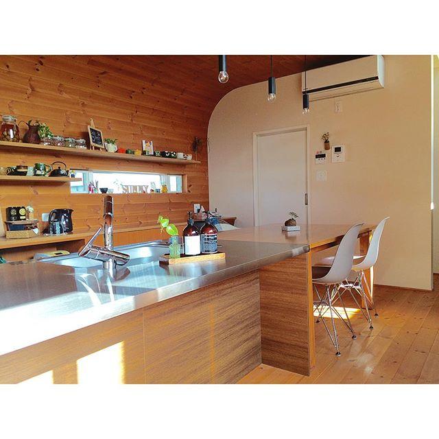 温かみのある素敵なカフェ風キッチン