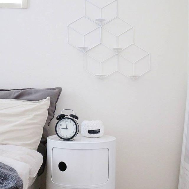 ミニマリスト 寝室 収納アイデア2