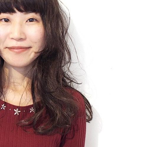 姫カット×前髪ぱっつんのロングスタイル