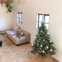 まるで本物みたいなツリーで迎えるクリスマス♪素敵なオーナメントも紹介
