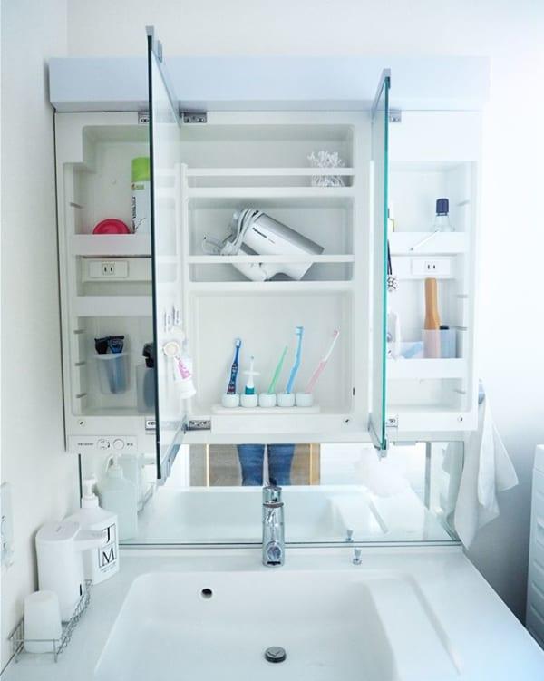 ミニマリスト洗面所の棚をフル活用するコツ