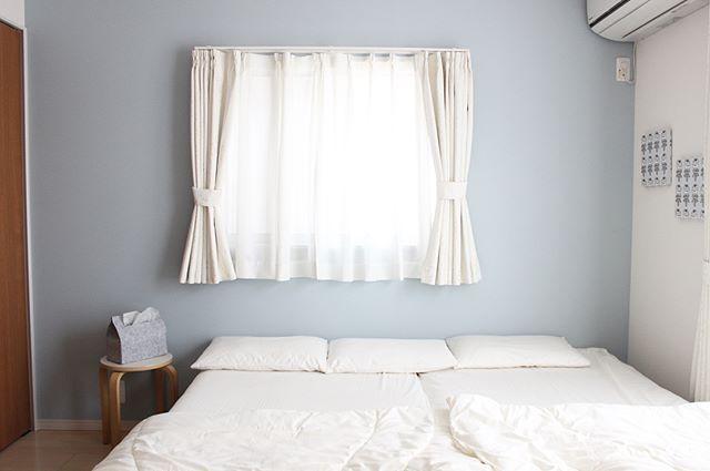 シンプルなベッドルームコーディネート
