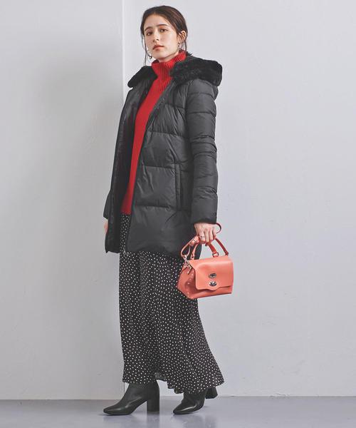 ダウンジャケット×ファッションスカート