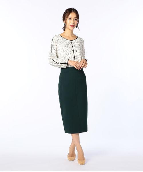 大人女性のビジネスカジュアル《スカートコーデ》4