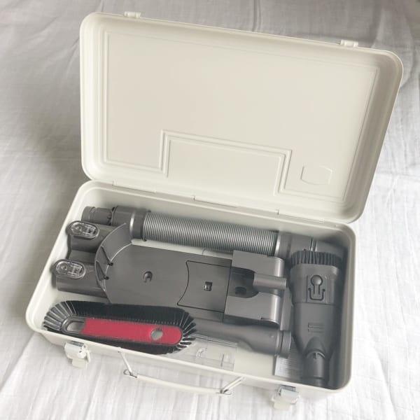 工具箱3:スリムなダイソン掃除機のケースに