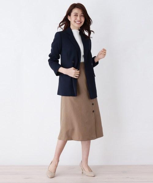 ストライプ柄スカート×オフィスカジュアル
