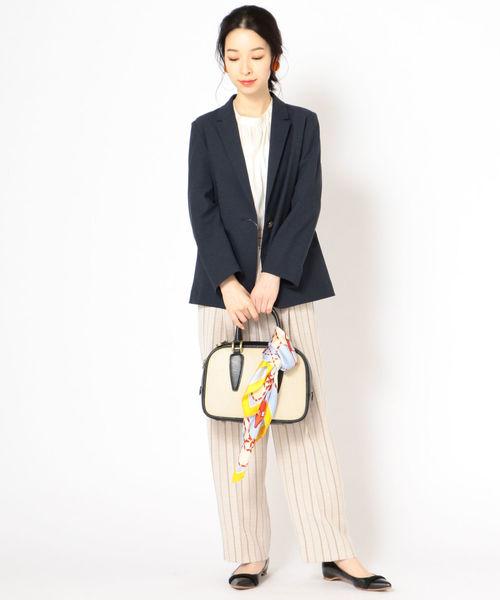 大人女性のジャケットコーデ