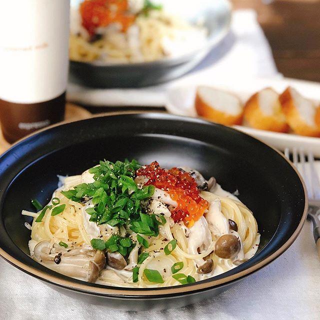 牡蠣とキノコの付け合わせ人気クリームパスタ