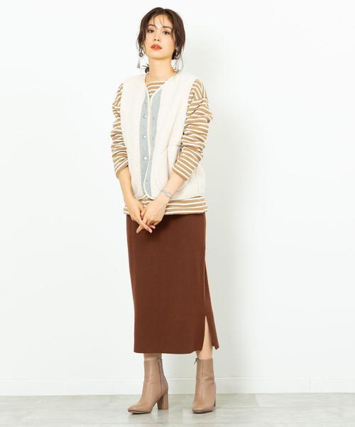 ベスト×スカートスタイル