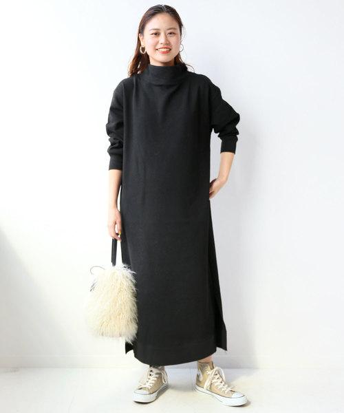 マキシワンピースのレディースファッション