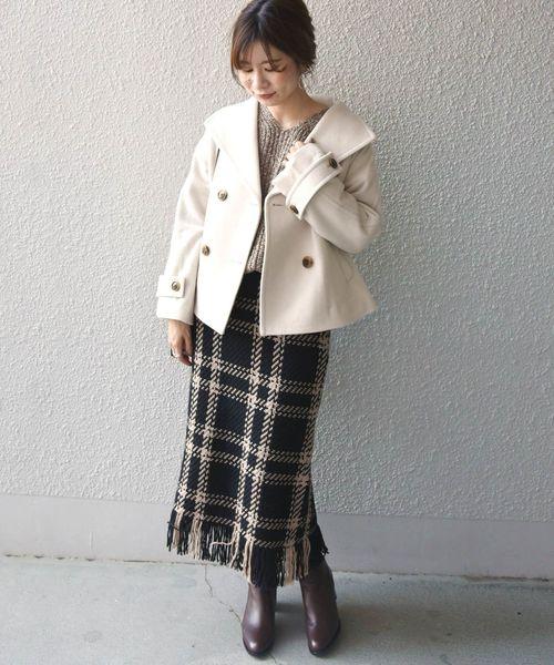 ショートPコート×チェック柄スカート