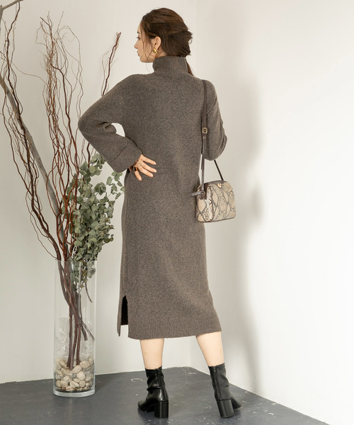 [SENSE OF PLACE by URBAN RESEARCH] ストレッチキャメルニットワンピース