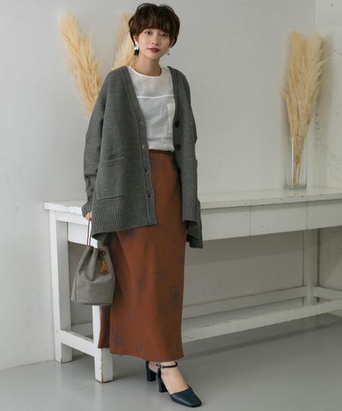 [KBF] ドローイングフラワープリントロングスカート
