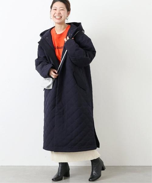 キルティングコート×ニットスカート