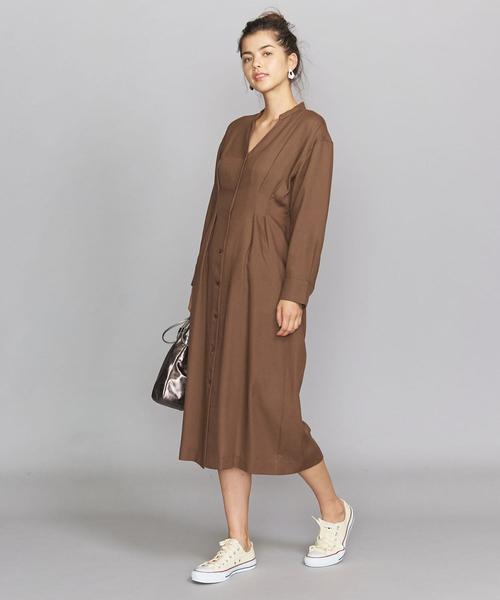 大人女性のリラックス通勤ファッション