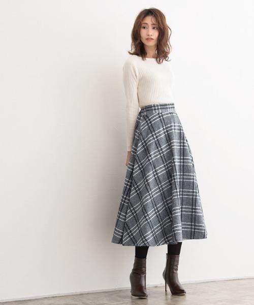 [Pierrot] ウールタッチチェックフレアスカート