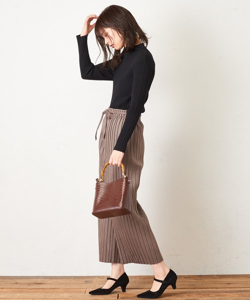 [natural couture] ポンチスエードプリーツパンツ