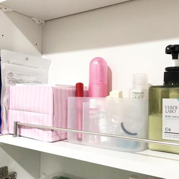 積み重ねボックスで細かな日用品を便利に収納