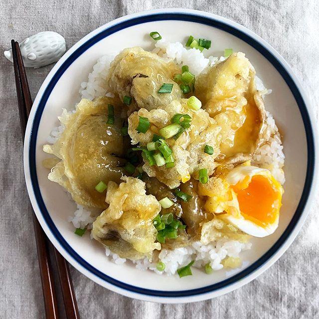 作り置きで簡単に!しいたけと半熟卵の天ぷら