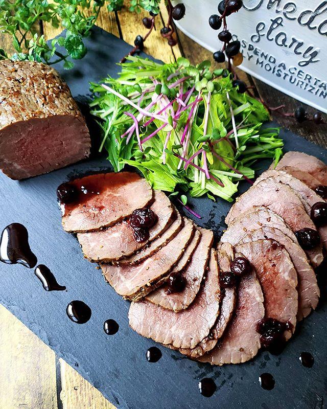 パーティーに定番の肉料理!ローストビーフ