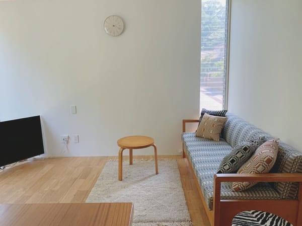 北欧家具がかわいいミニマリストのリビング