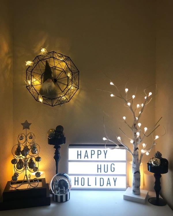 ニトリのLEDツリーでクリスマスアレンジ2