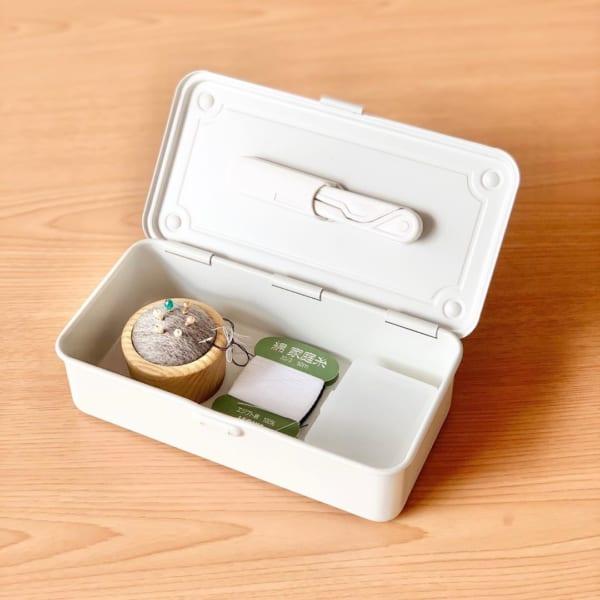 工具箱1:ミニマルセットのスマート裁縫箱に