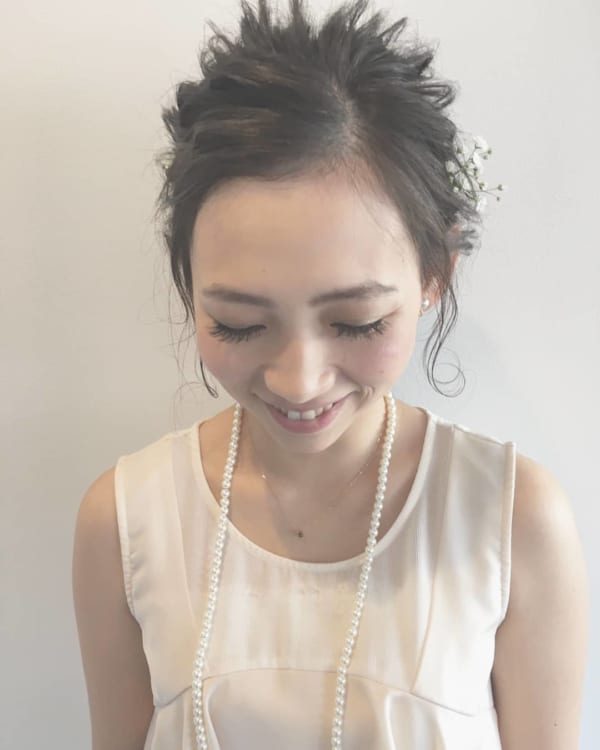 花嫁向け前髪なしの髪型⑥スッキリでこ出し