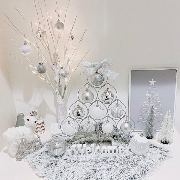 クリスマスツリーや雑貨をおしゃれに飾るためのアイデア11