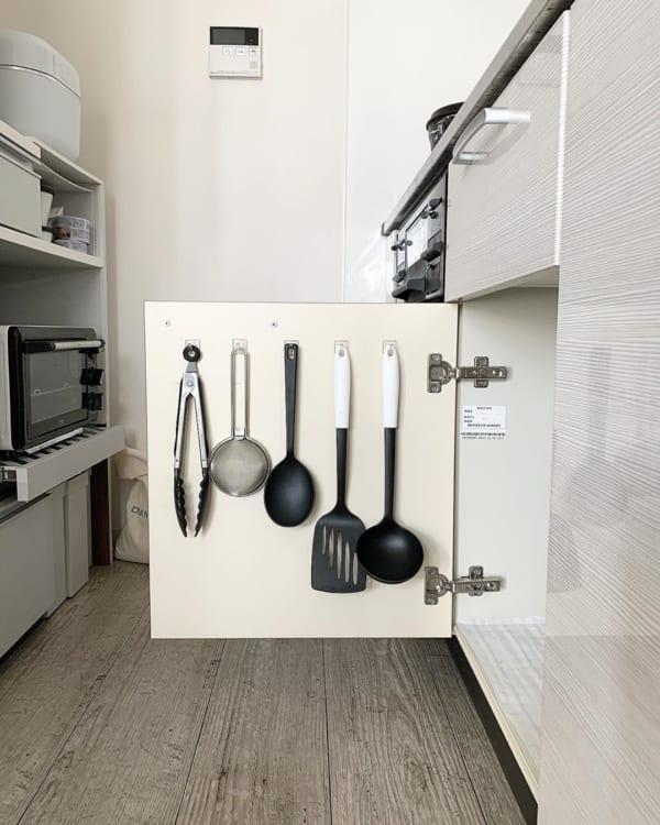 壁面やドア裏なども立派な収納スペースに6