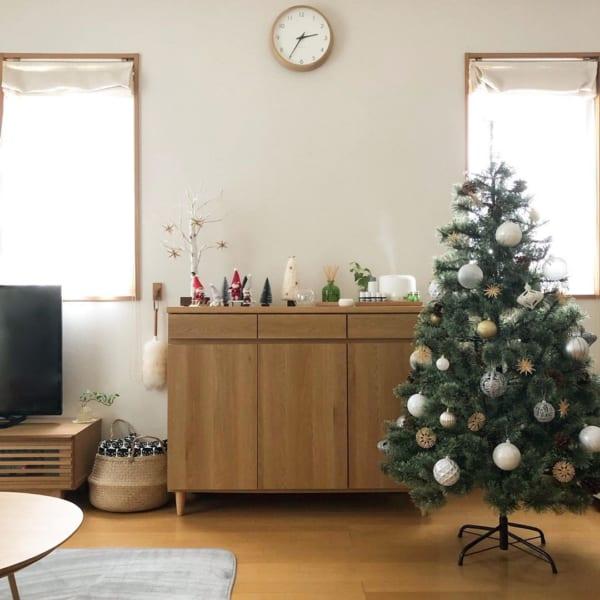 クリスマスツリーや雑貨をおしゃれに飾るためのアイデア3
