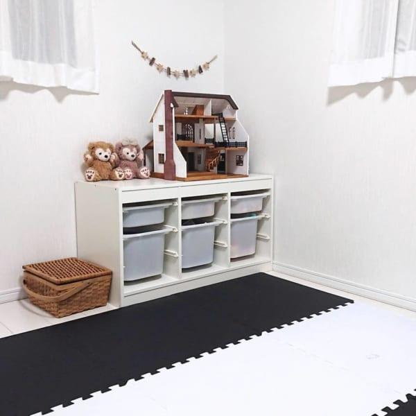 モノトーンインテリア子供部屋を整理収納