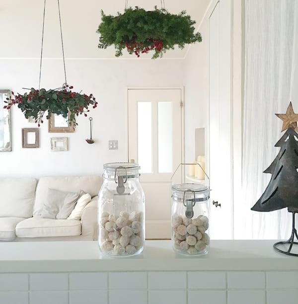 天井から吊るしてクリスマスを華やかに