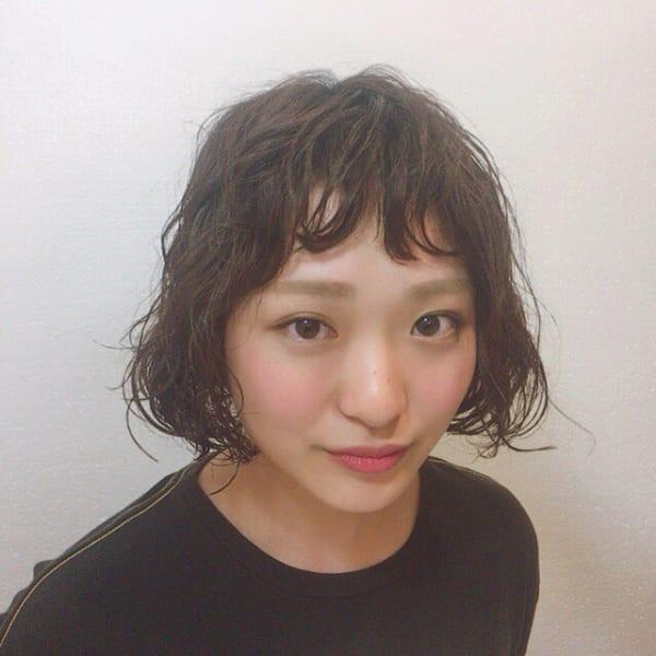 前髪にもパーマのプードルパーマボブ