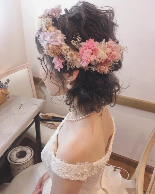 花嫁向けのダウンスタイル④ふんわり&花かんむり