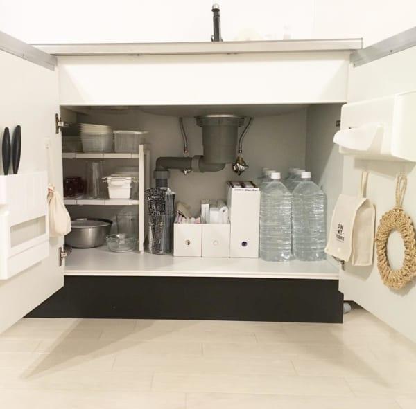 キッチン収納3