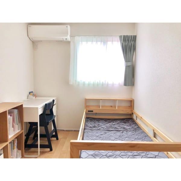 狭い子供部屋の機能的なレイアウト
