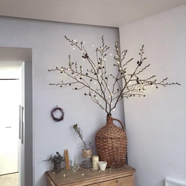 枝ツリーのおしゃれでハイセンスなクリスマスアレンジ4