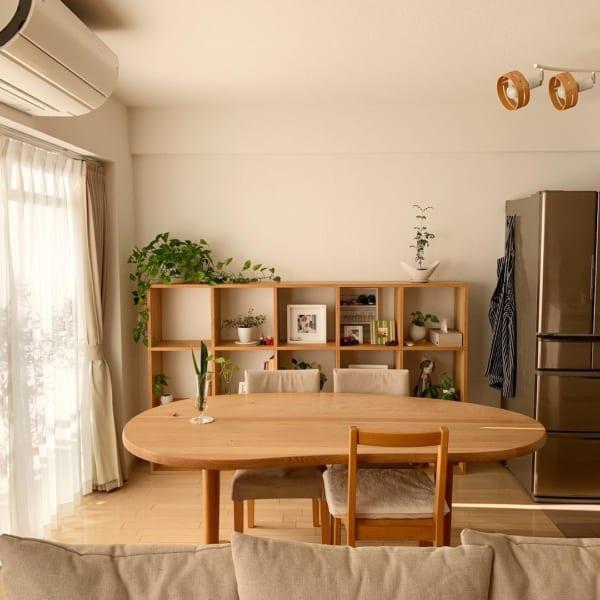 キッチンとダイニングの共有収納