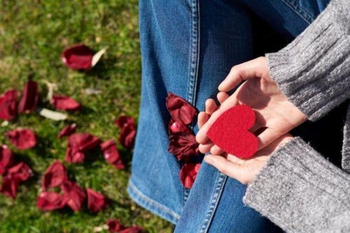 バレンタインに好きな人に渡すチョコの選び方