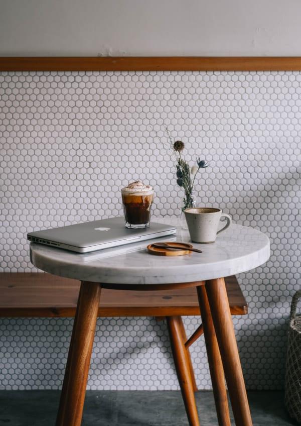 大理石のテーブルトップ