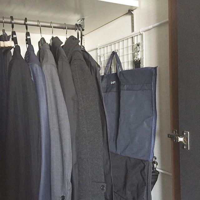 ワイヤーネットを活用した衣類収納2