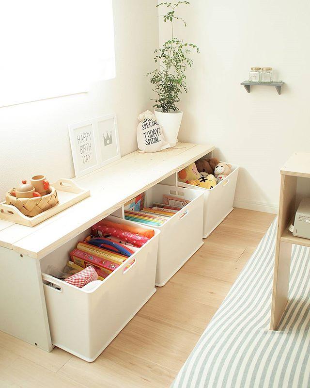 机や椅子としても使える優秀デザイン