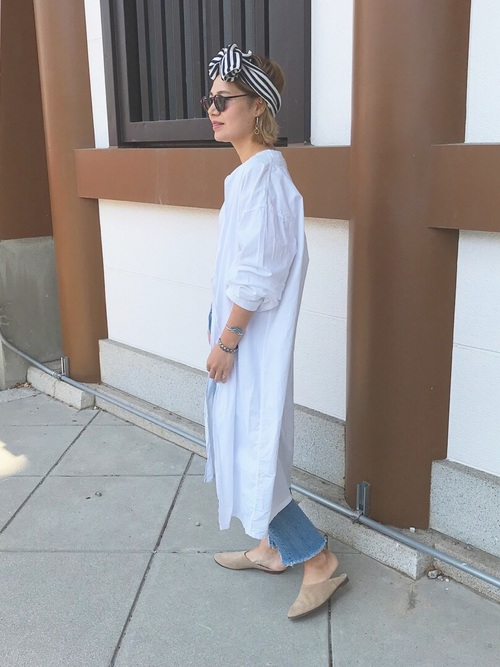 オーバーサイズシャツワンピースの40代春コーデ