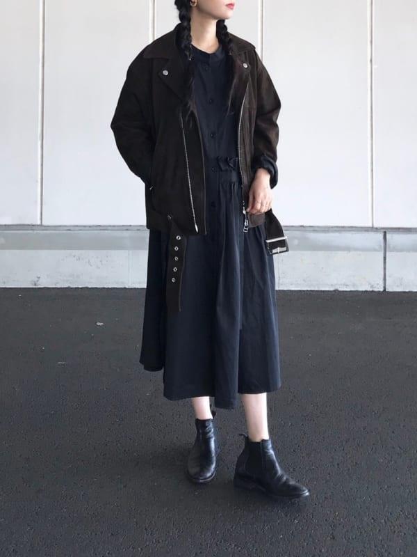 【2020春】黒のシャツワンピースコーデ4