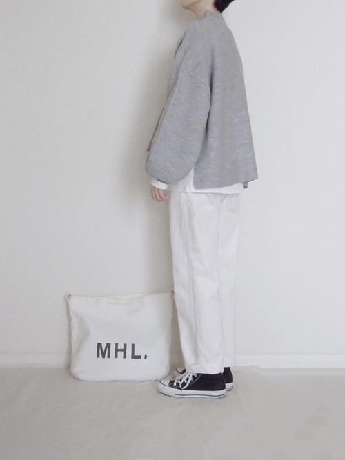 【大阪】4月に最適な服装:パンツコーデ