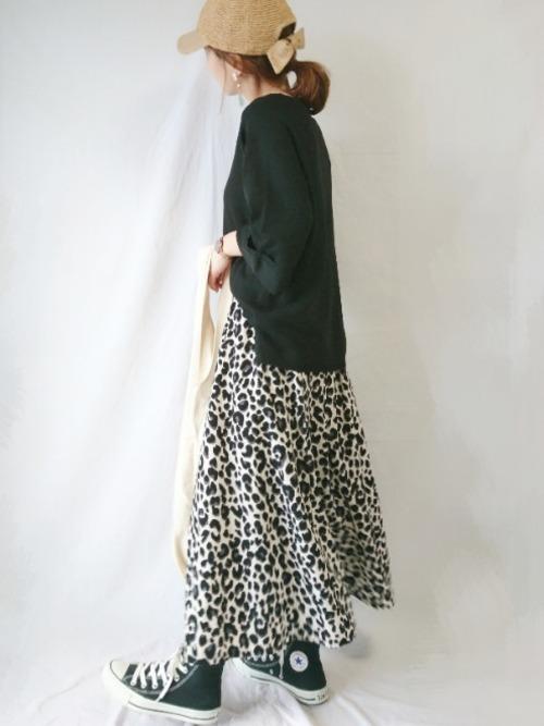 【大阪】4月に最適な服装:スカートコーデ7